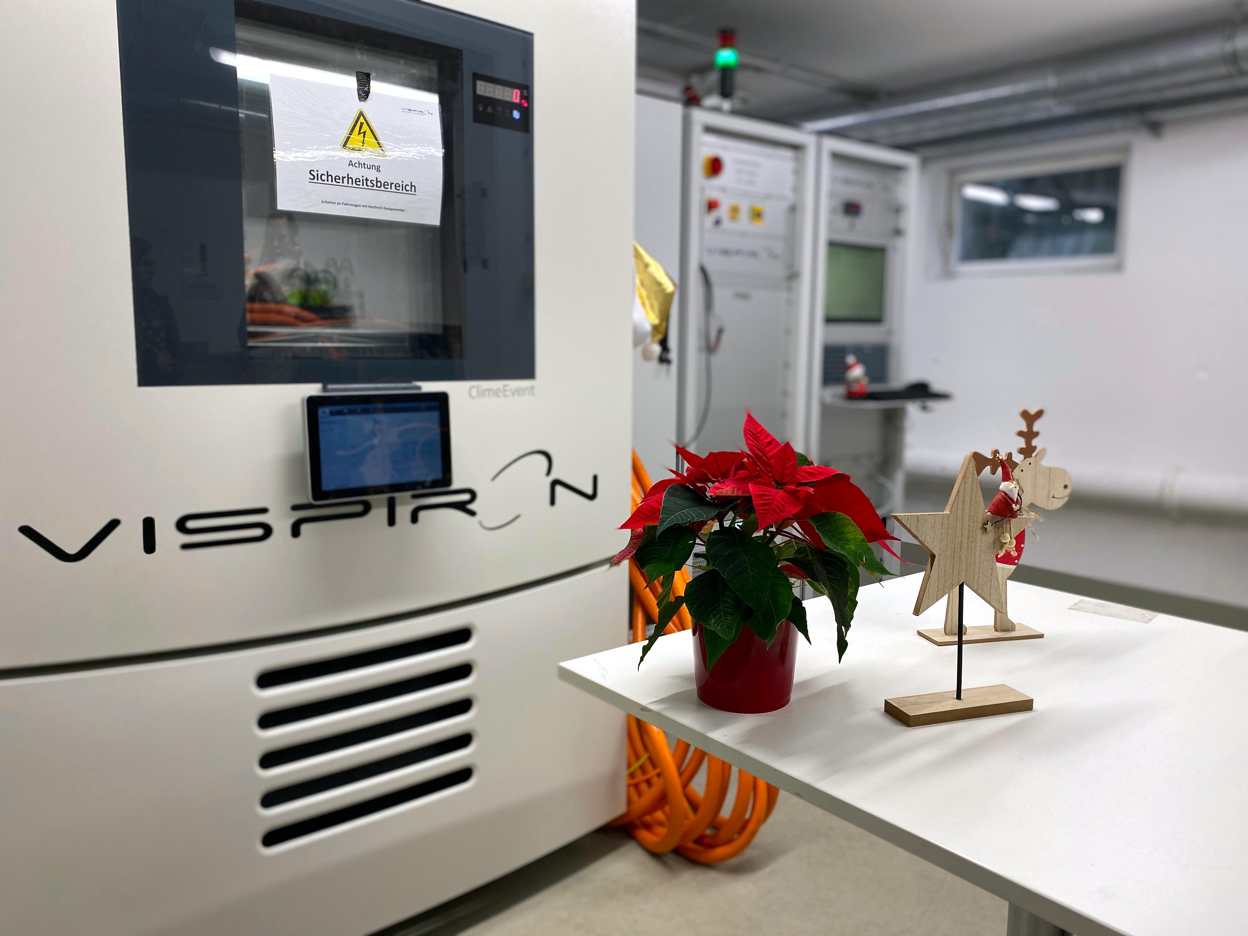Weihnachten im VISPIRON Prüflabor für Leistungselektronik